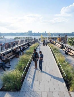 1408-High-Line-At-The-Rail-Yards---Photo-By-Iwan-Baan