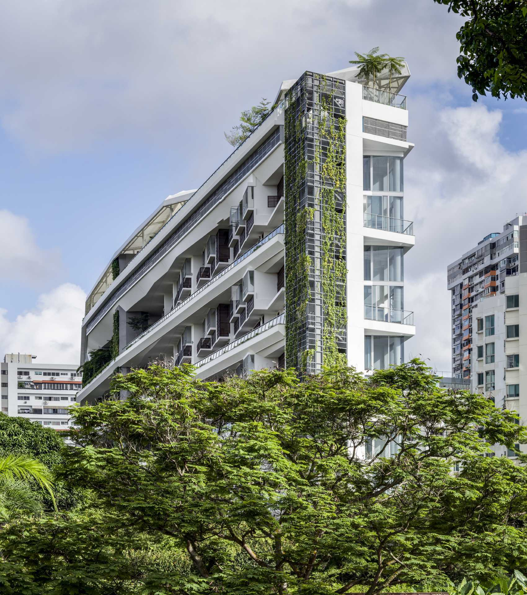 Jardin - the development emerging out of a nestle of green and foliage