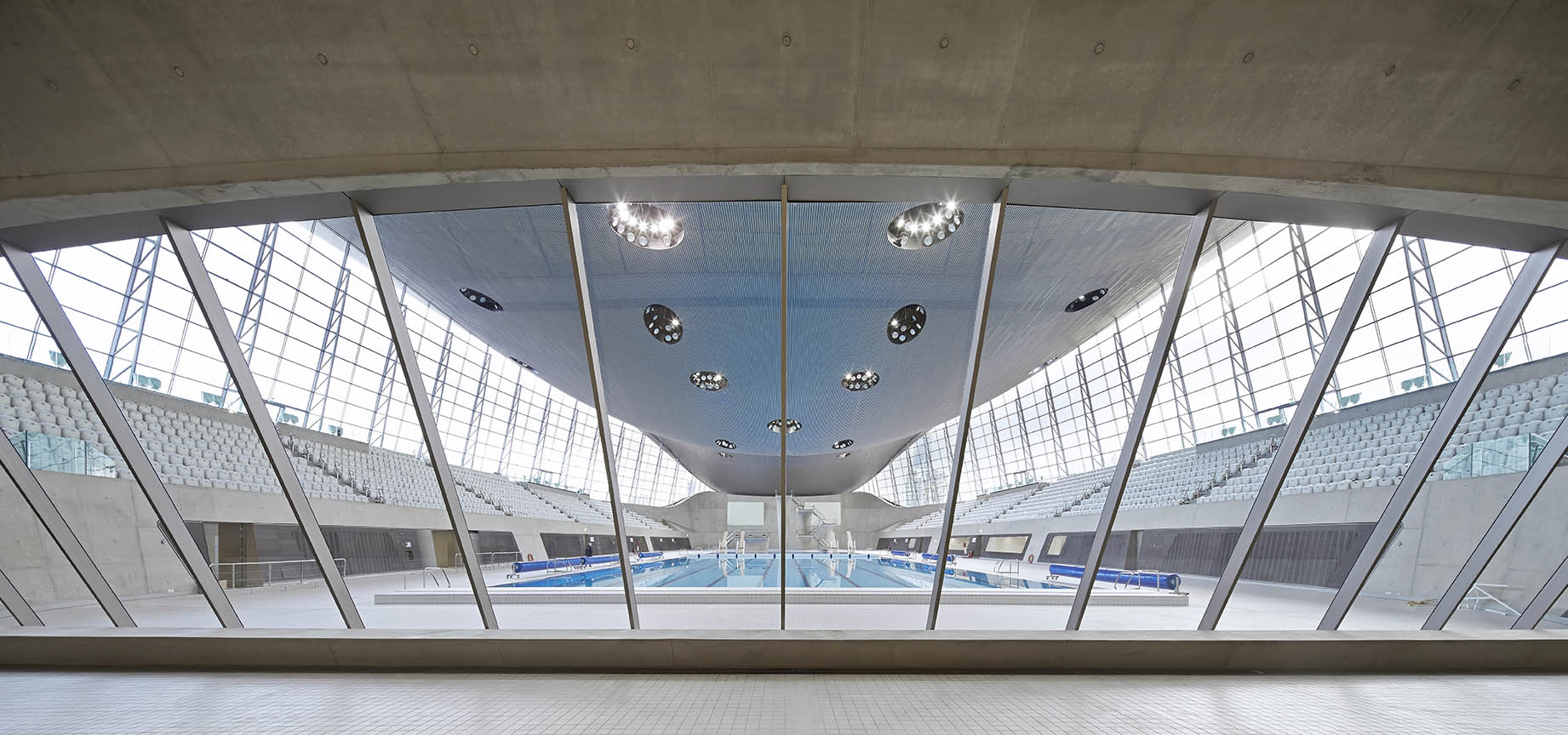 ZHA_Aquatics Centre_Hufton+Crow_007