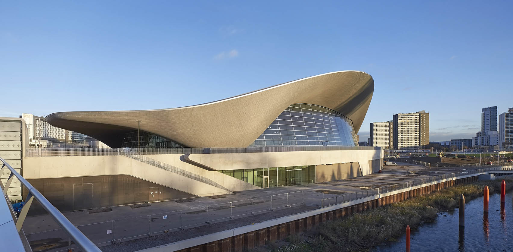 ZHA_Aquatics Centre_Hufton+Crow_013
