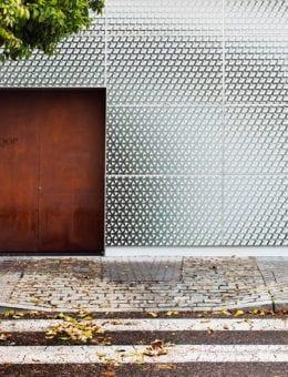 South facade_ Corten steel door shows the entrance to the restaurant