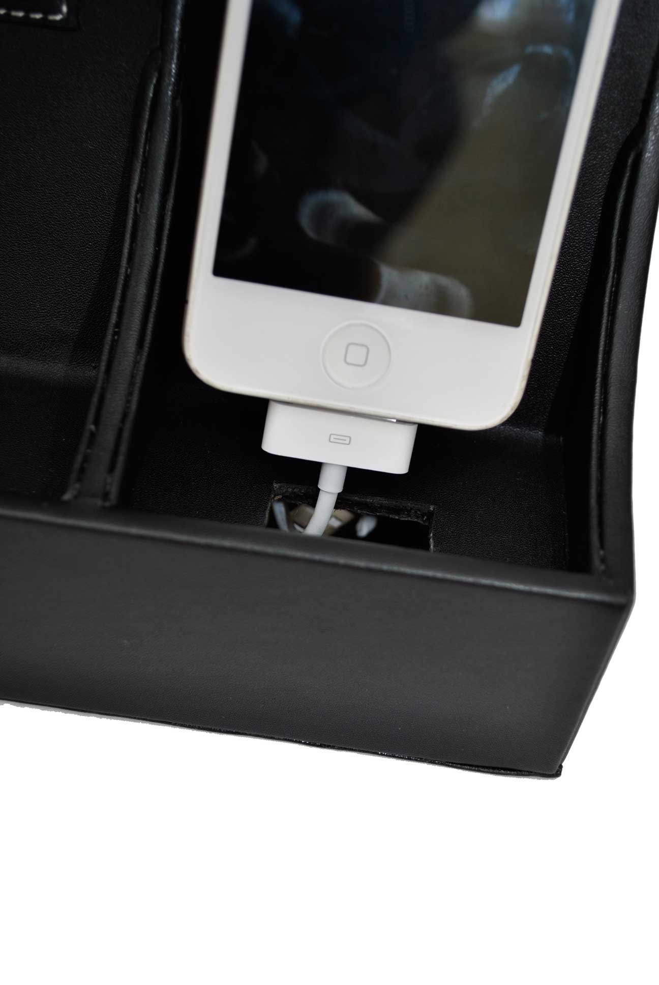 4Pod-Charging-Station_Close-Up