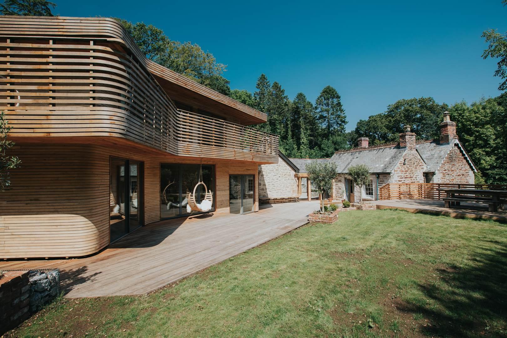 079-tom-raffield-grand-designs-house (Copy)