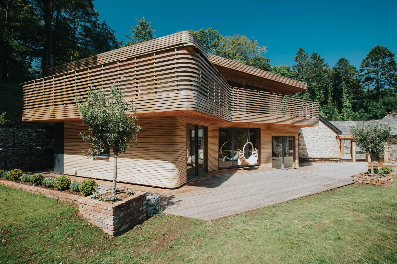 081-tom-raffield-grand-designs-house (Copy)