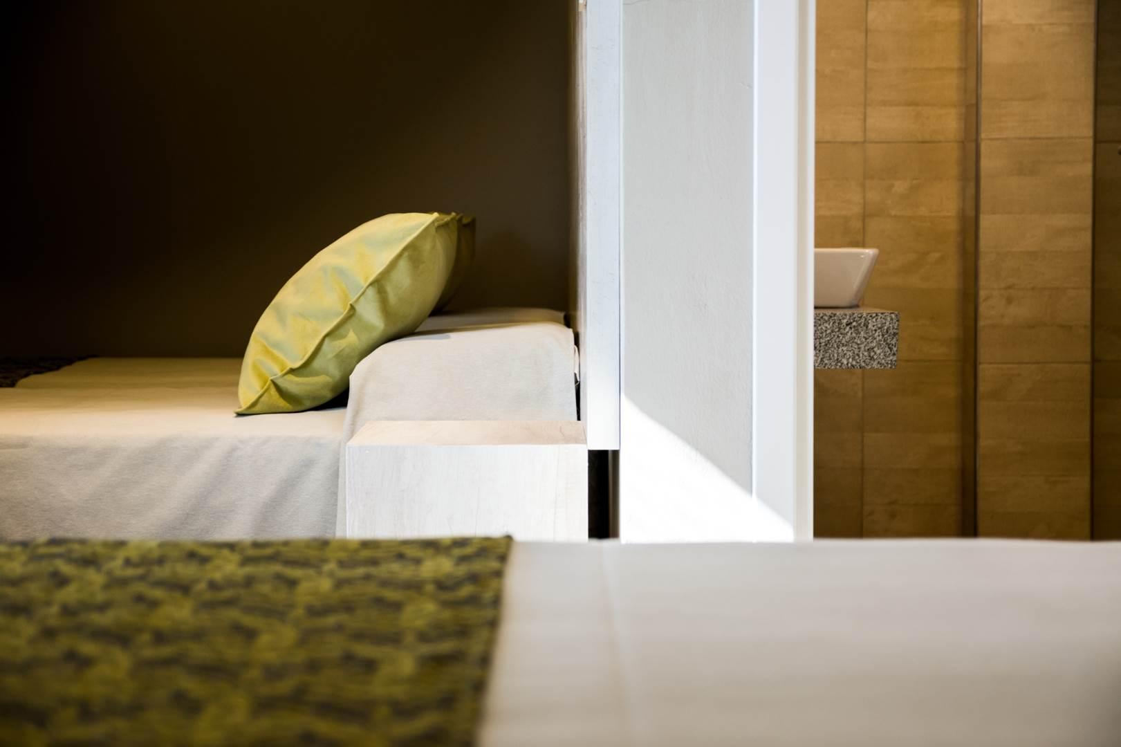 090916  -  HOTEL ALPRE ph G Viramonte-9690 (Copy)