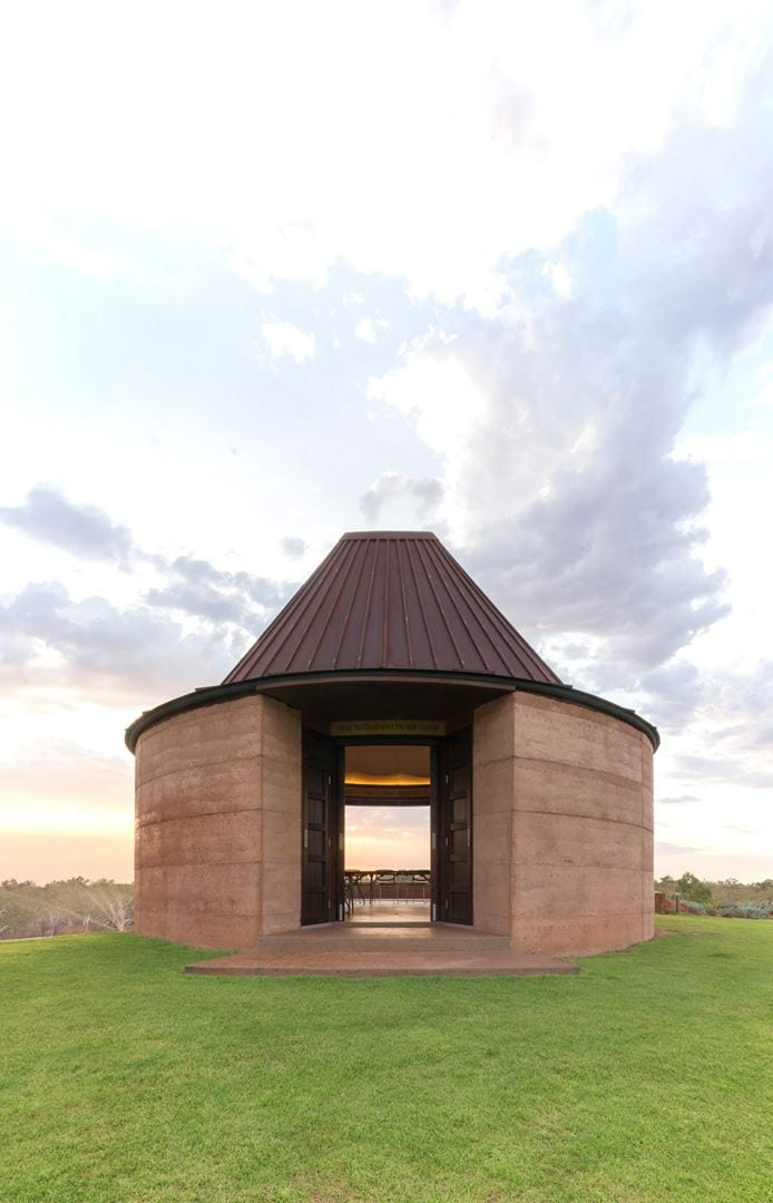 Luigi Rosselli Architects  The Remote Desert Chapel   007 (Copy)