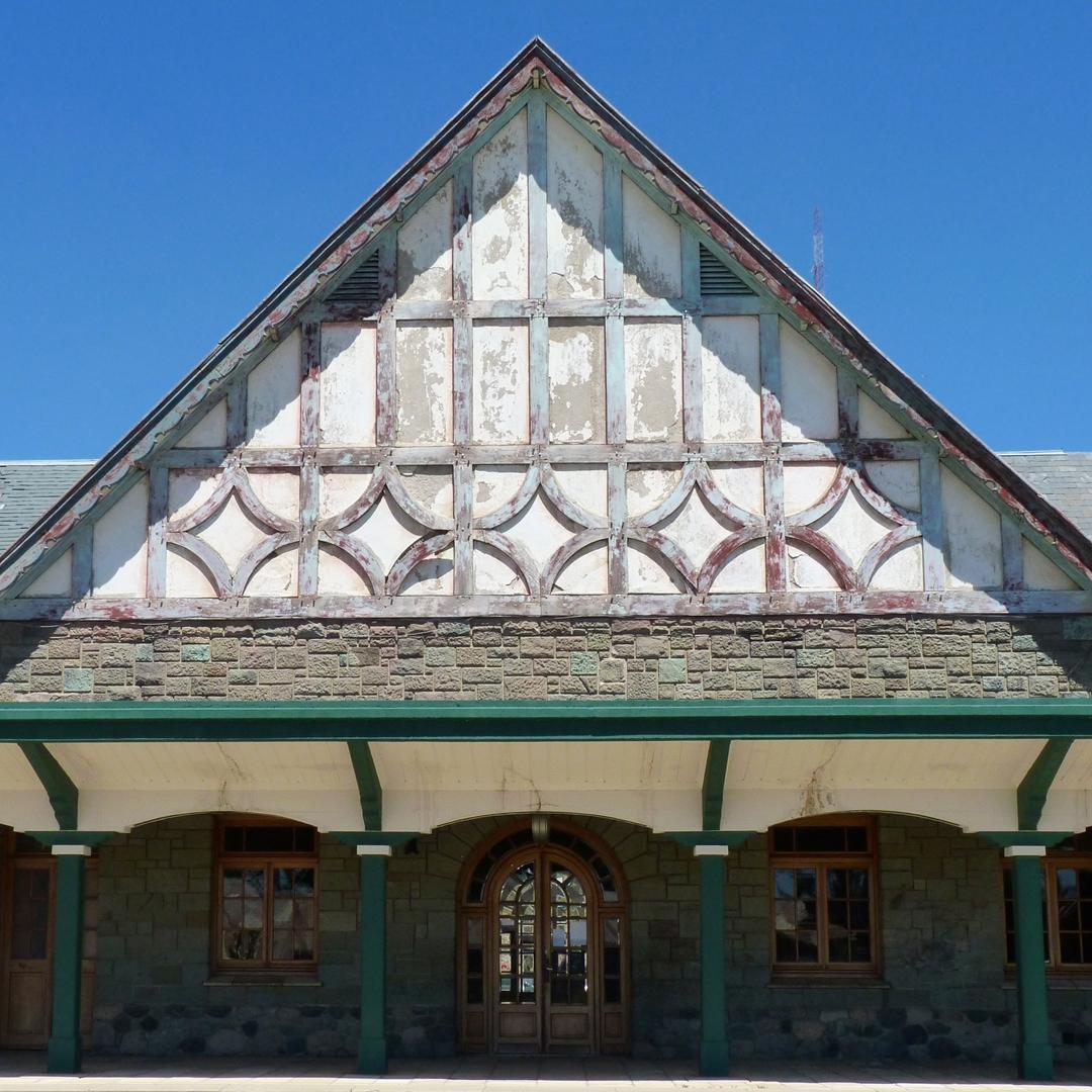 Estación Ferroviaria de Bariloche. Bariloche, Neuquén @argenpuertas