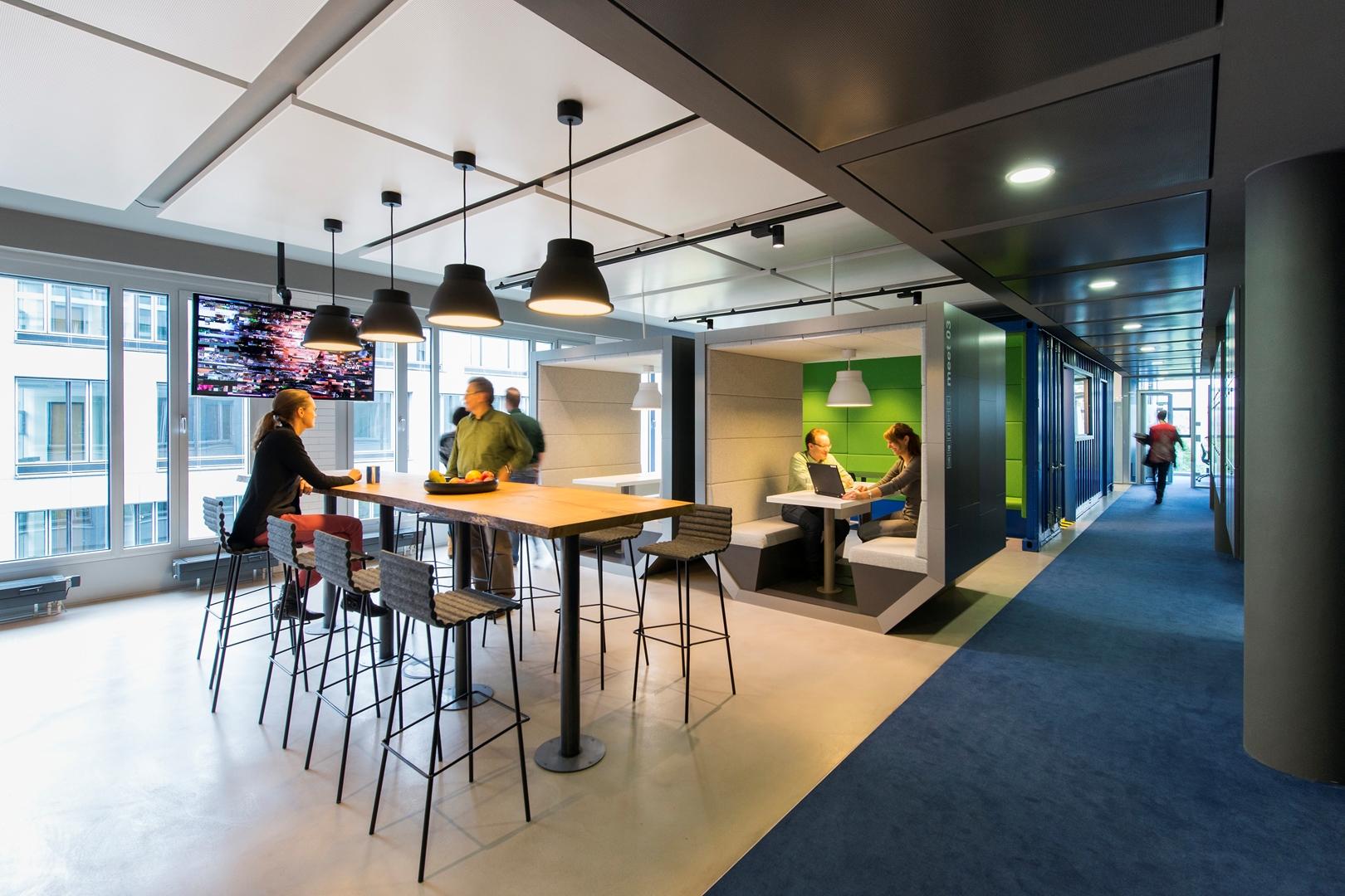07_ZEB Munich_Smart Connect_Informal meeting area (Copy)