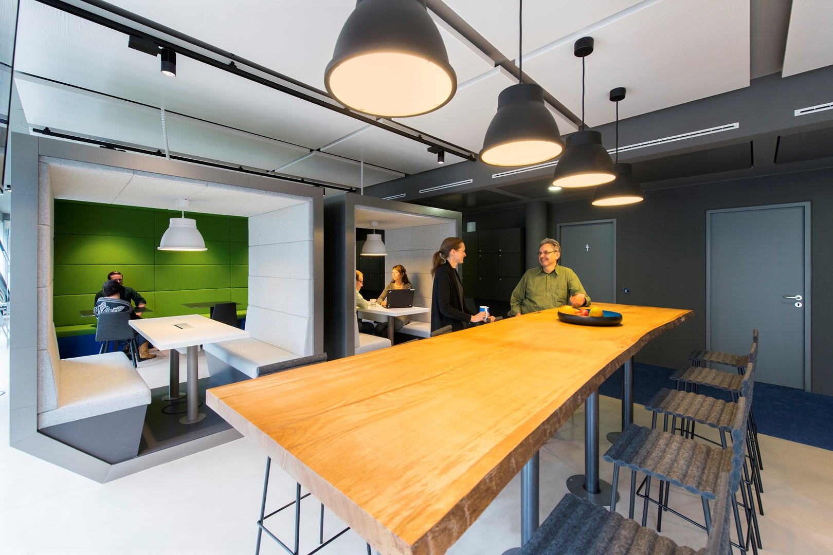 11_ZEB Munich_Smart Connect_Informal meeting area (Copy)