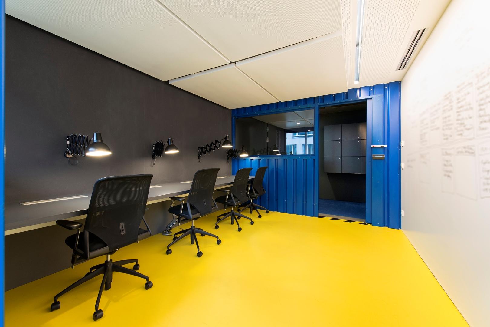20_ZEB Munich_Smart Connect_Project room (Copy)