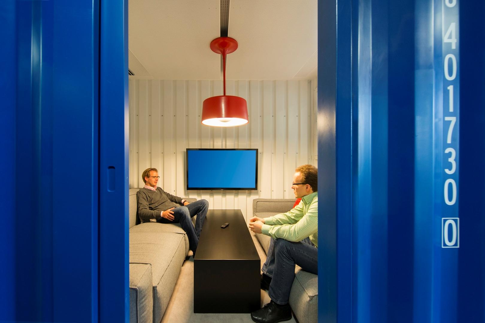 23_ZEB Munich_Smart Connect_Informal meeting room (Copy)