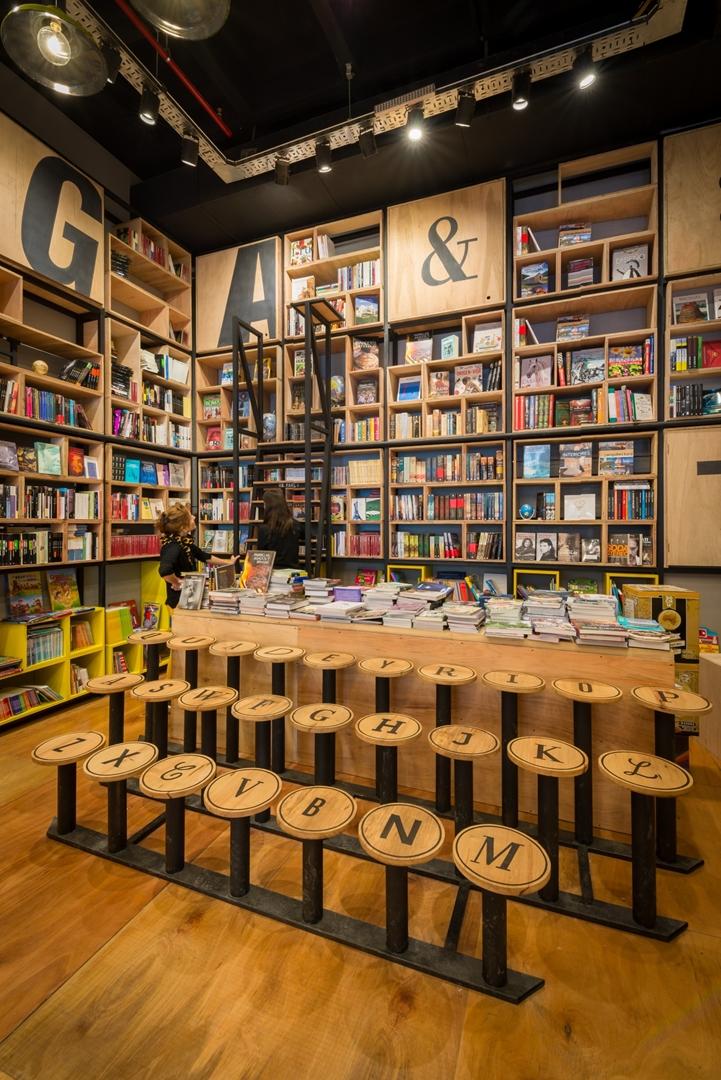 230517  -  Libreria Quade ph G Viramonte-9591 (Copy)
