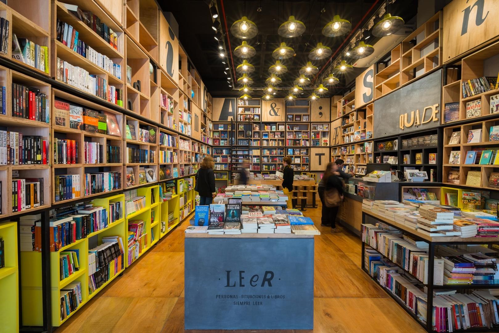 230517  -  Libreria Quade ph G Viramonte-9609 (Copy)