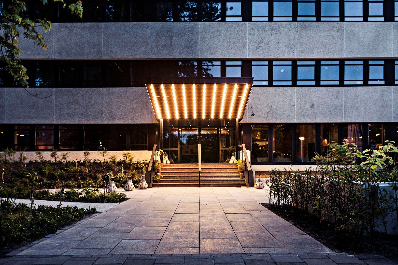 Hotel V Fizeaustraat (1) (Copy)