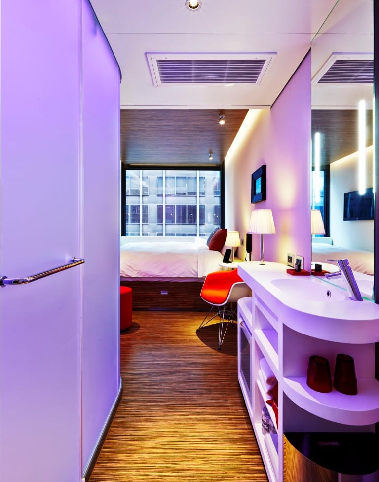 16 cM-nytsq-room