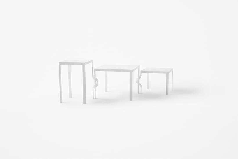 tangle_table01_akihiro_yoshida