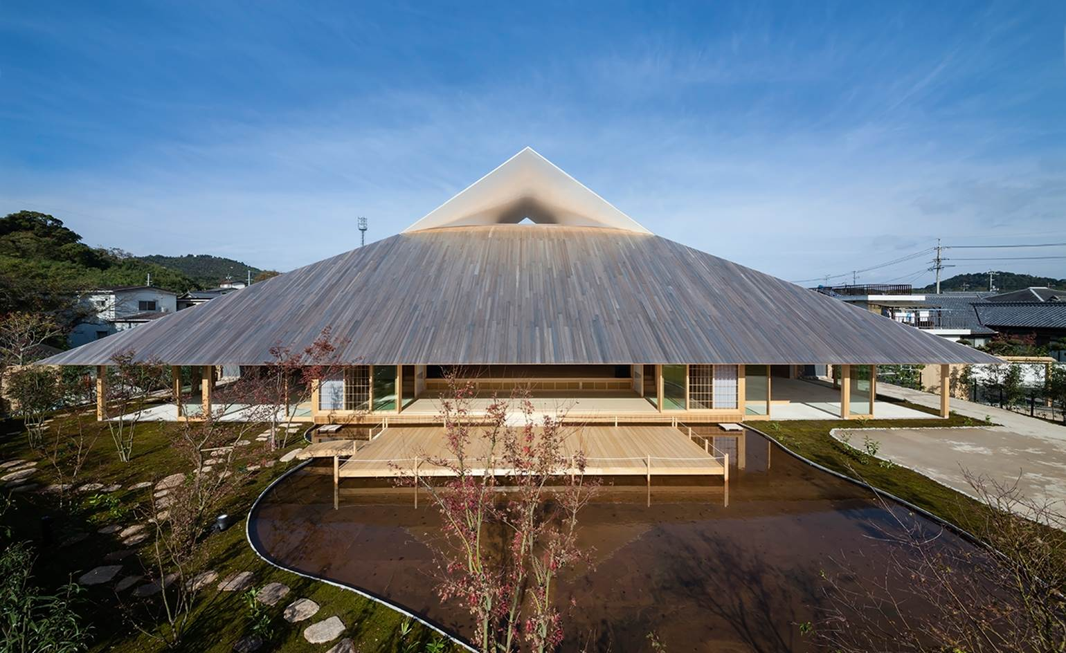 00_naoshima-hall-japan_best-new-public-building_2 (Copy)