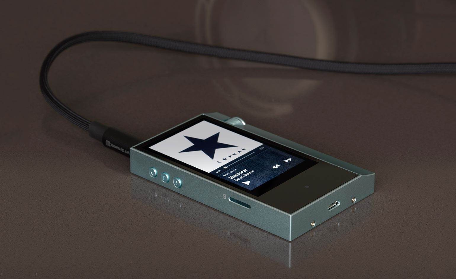 04_astellkern-ak70 (Copy)