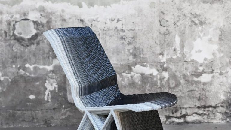 Endless Chair, Gradient Black. Photo Studio Dirk Vander Kooij (Copy)