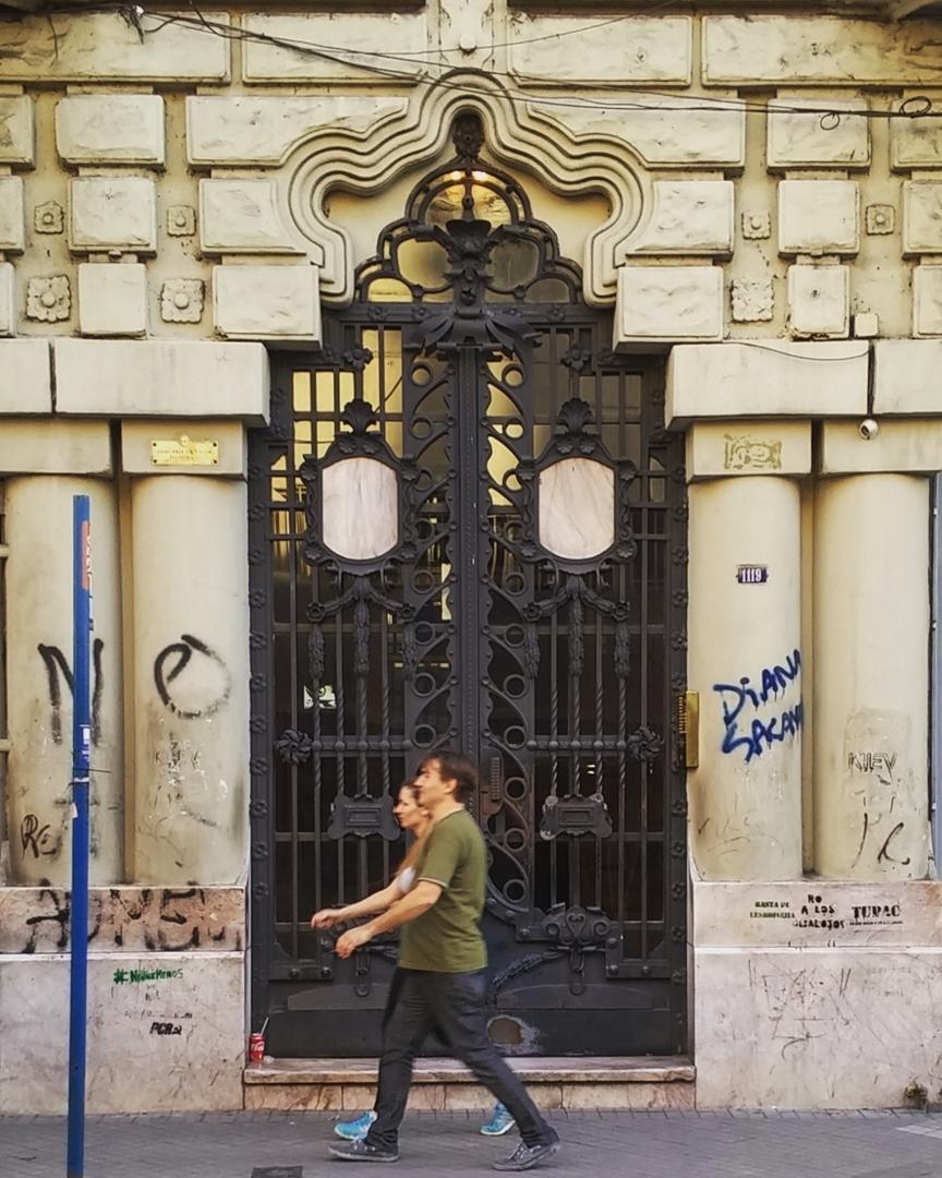 Palacio Cabanellas - Arq. Francesc Roca i Simó - 1916. Rosario, Sta Fe. @argenpuertas