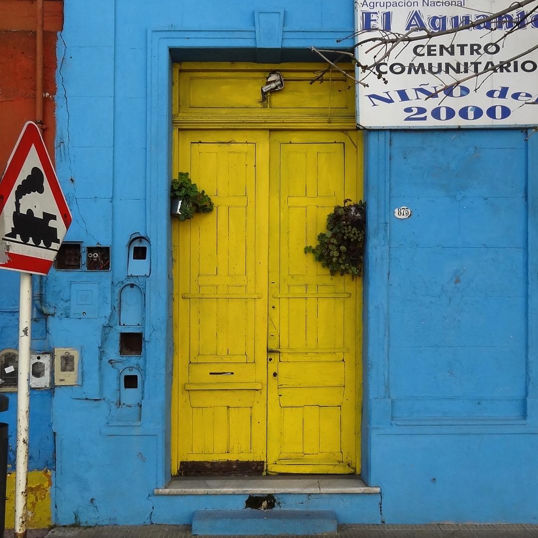 Centro Comunitario. La Boca, Ciudad Autónoma de Buenos Aires. @argenpuertas