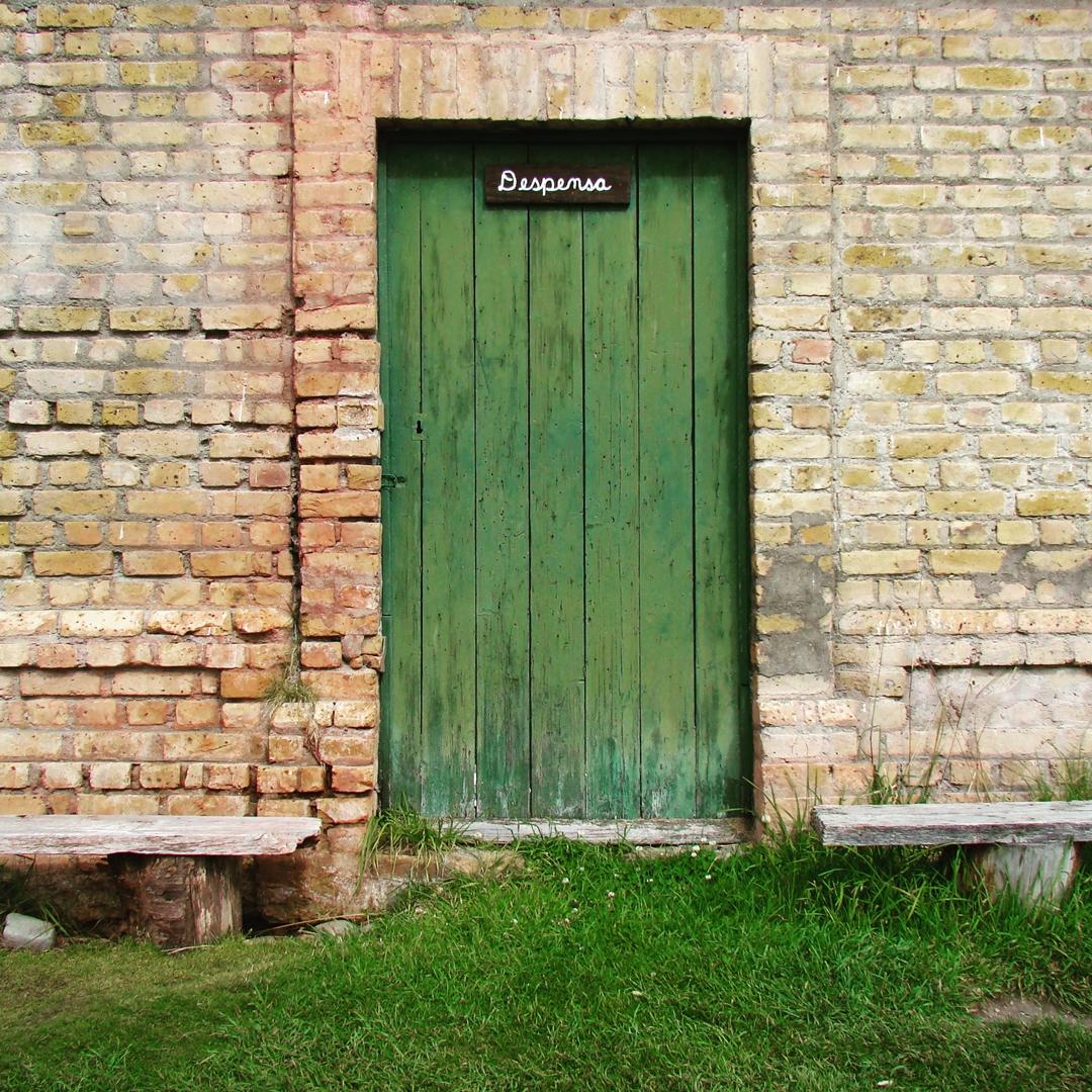 """Despensa del Penal de Ushuaia """"Cárcel del Fin del Mundo"""". Ushuaia, Tierra del Fuego @argenpuertas"""