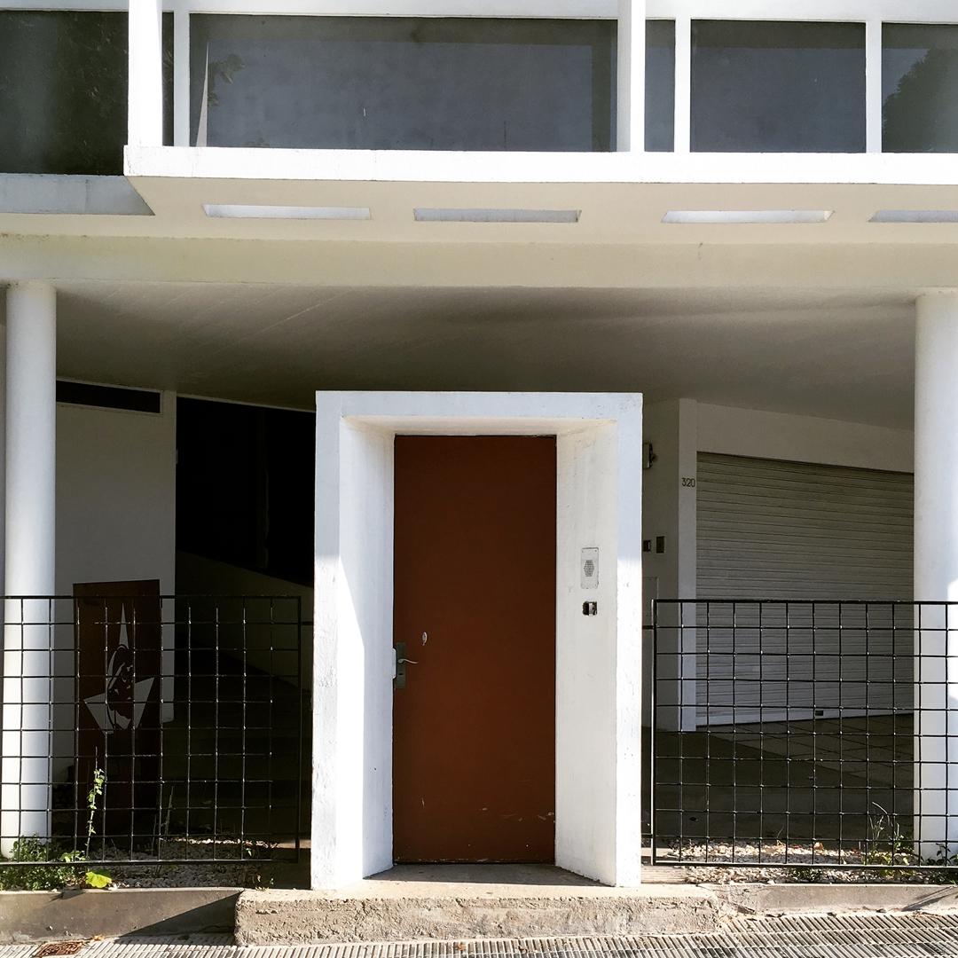 Casa Curutchet. La Plata, Provincia de Buenos Aires. @argenpuertas
