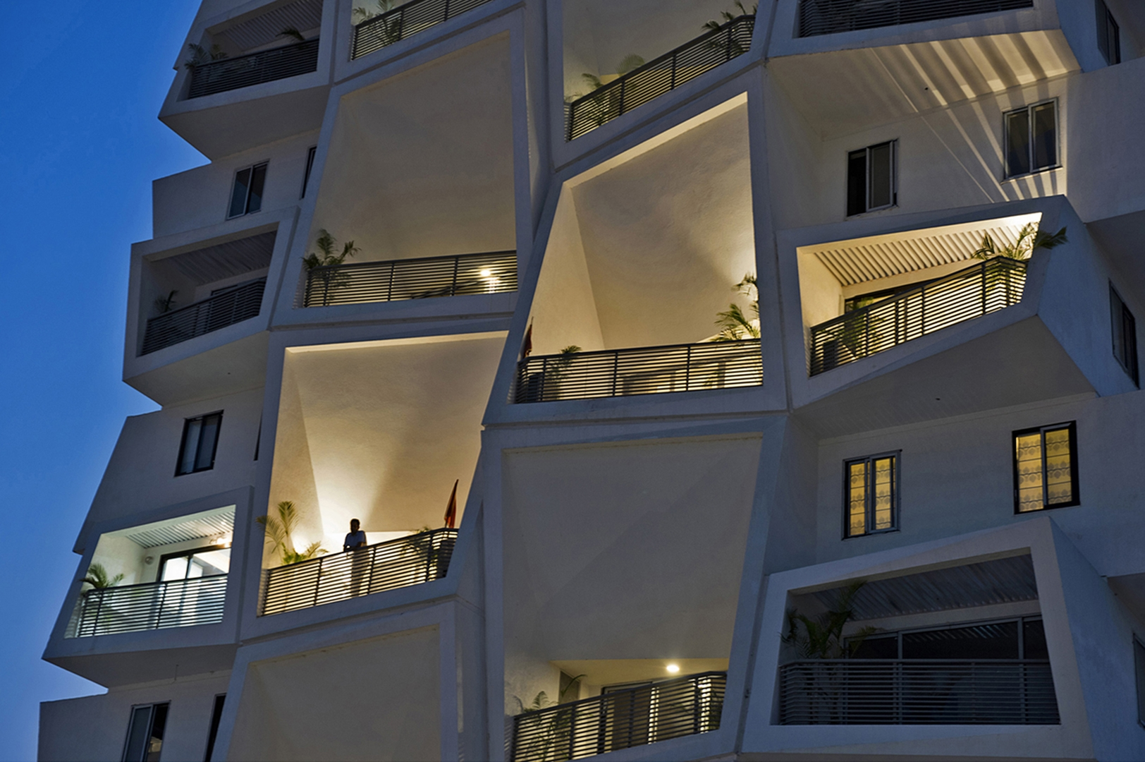 09 EAST VIEW OF DOUBLE HT TERRACES (Copy)