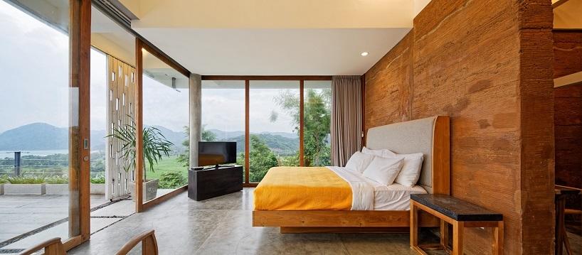 BudiPradono-Architects_ClayHouse_Publication_06_photo-by-Fernando-Gomulya (Copy)
