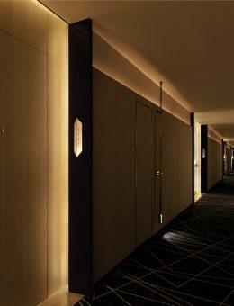 23 Guest Room Corridor (Copy)