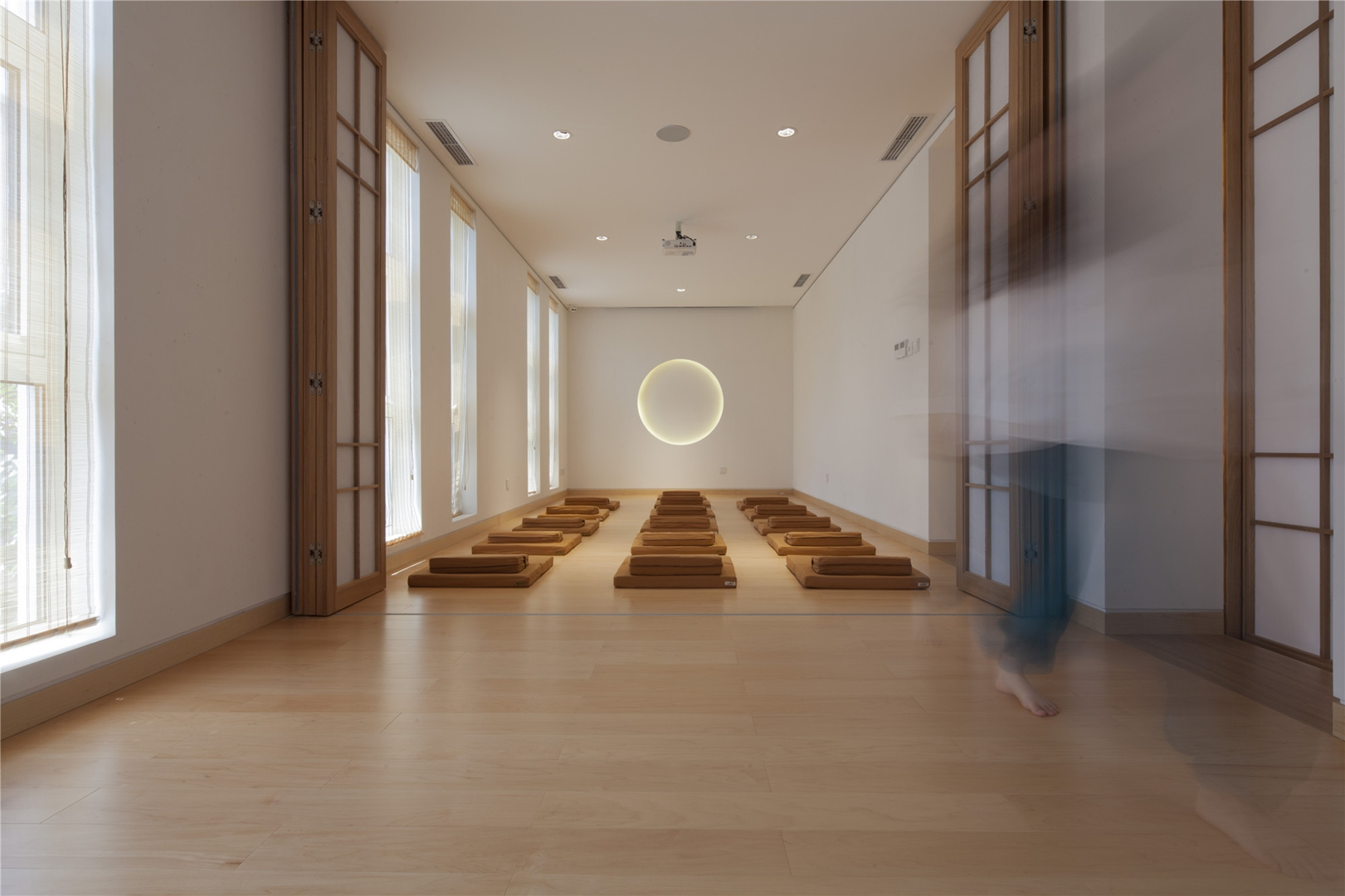 18- meditation room, photography by Zou Bin (Copy)