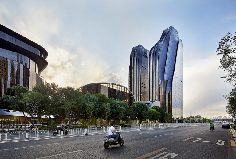 MAD_Chaoyang Park Plaza_08_by Hufton+Crow (Copy)