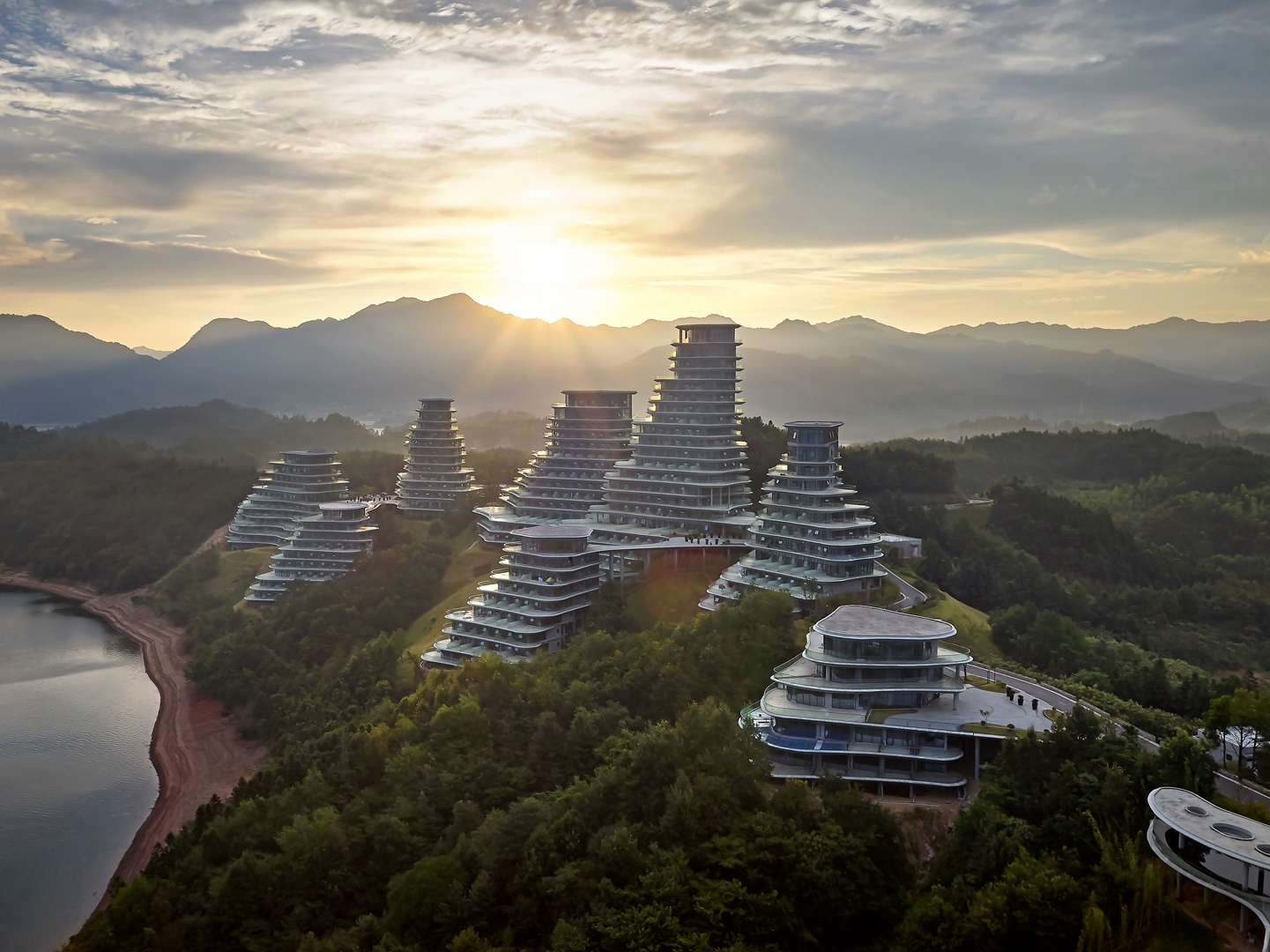 MAD_Huangshan Mountain Village_19_by Hufton+Crow (Copy)