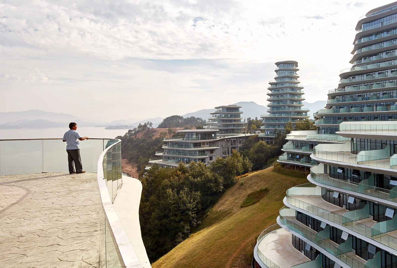 MAD_Huangshan Mountain Village_21_by Hufton+Crow (Copy)