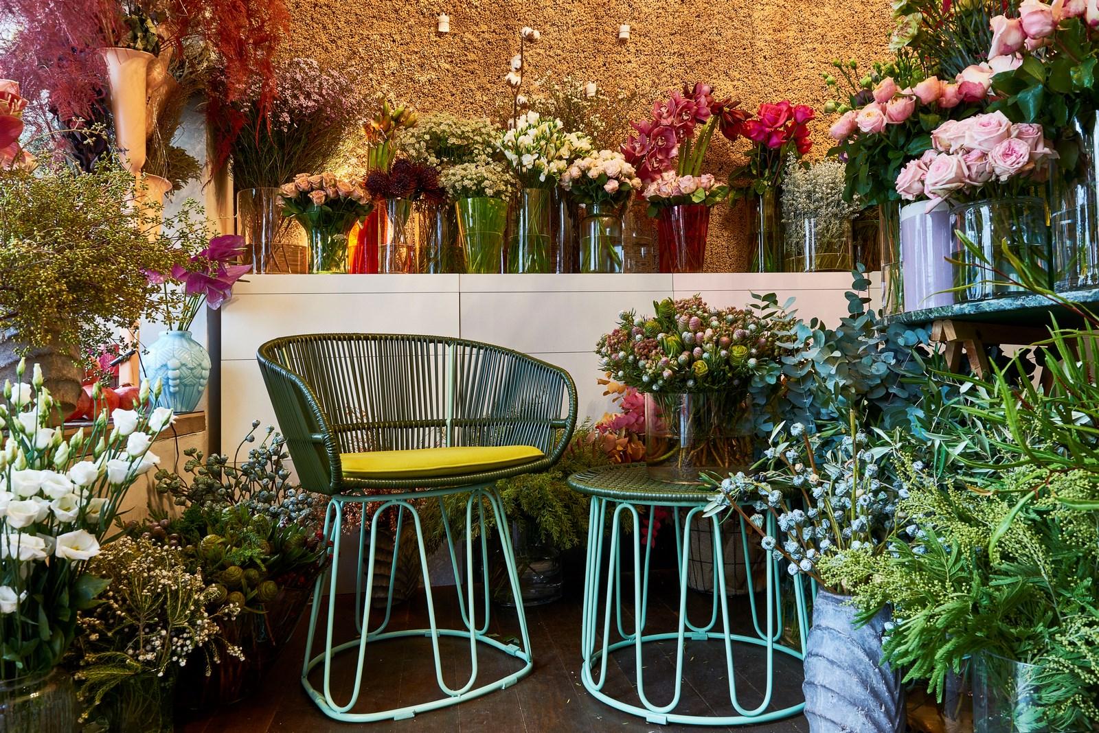 La nueva silla y mesa auxiliar Circo, de Sebastian Herkner (realizadas por Ames). (Foto: far.design; Koelnmesse)