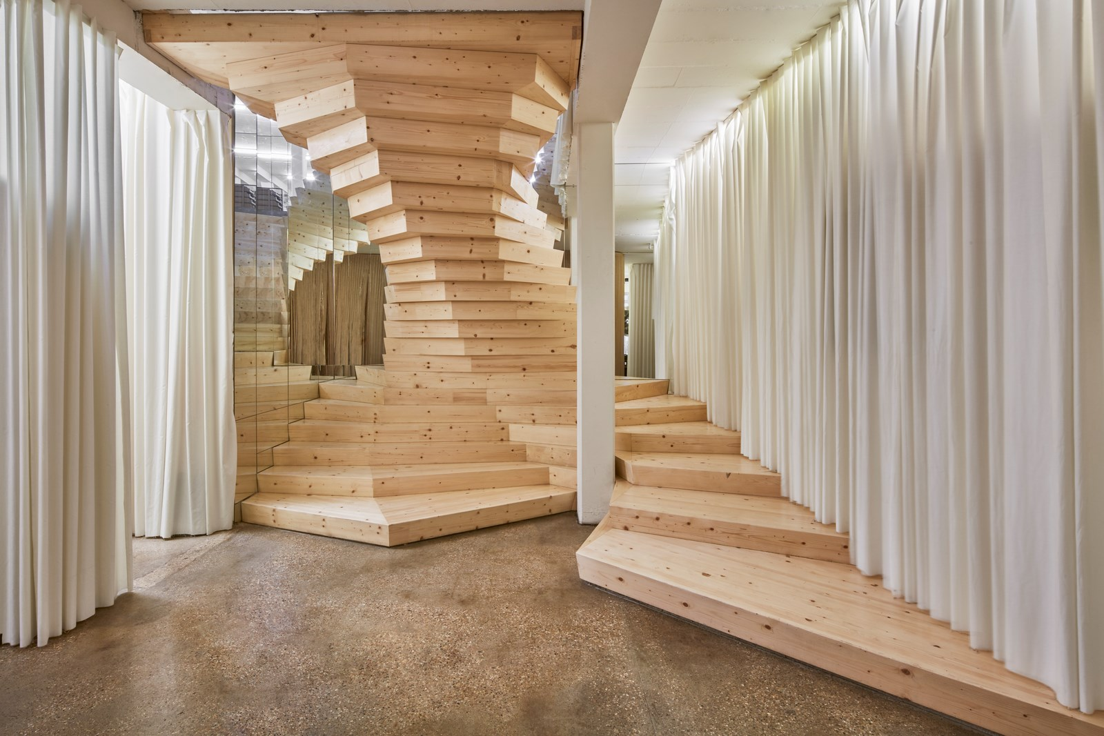 00 ACME-Staircase-01-Ed Reeve (Copy)