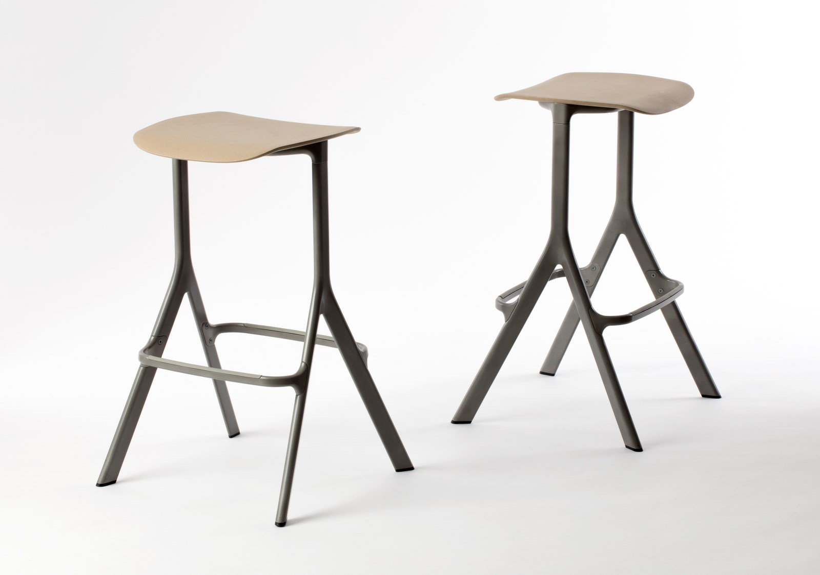 AXYL-stool-3 (Copy)