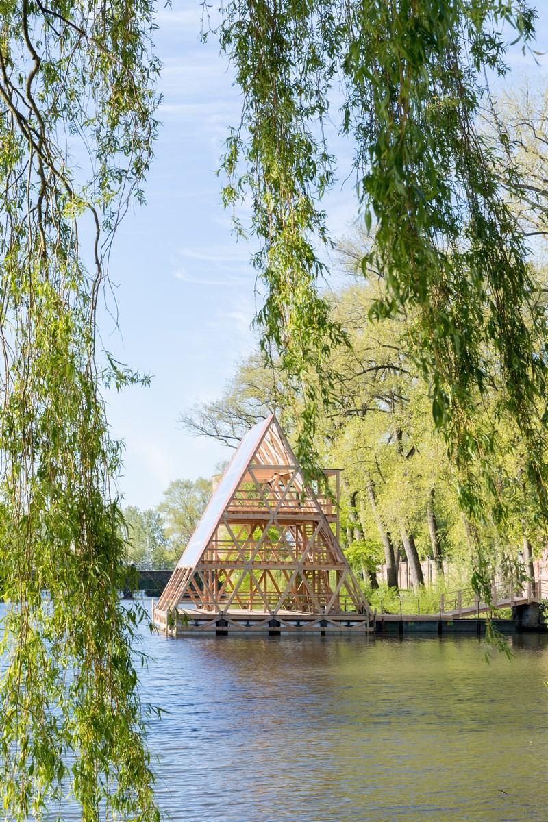 Triennale Brugge 2018_NLÉ_MFS_III Minne Floating School_2 Foto Iwan Baan (Copy)