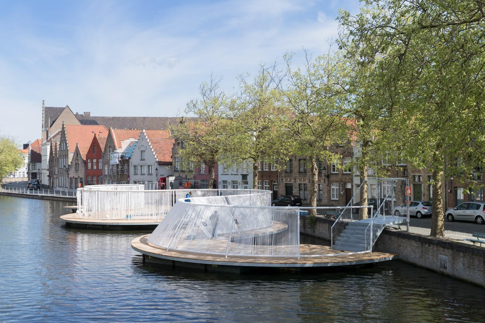 Triennale Brugge 2018_OBBA_The Floating Island_1 Foto Iwan Baan (Copy)