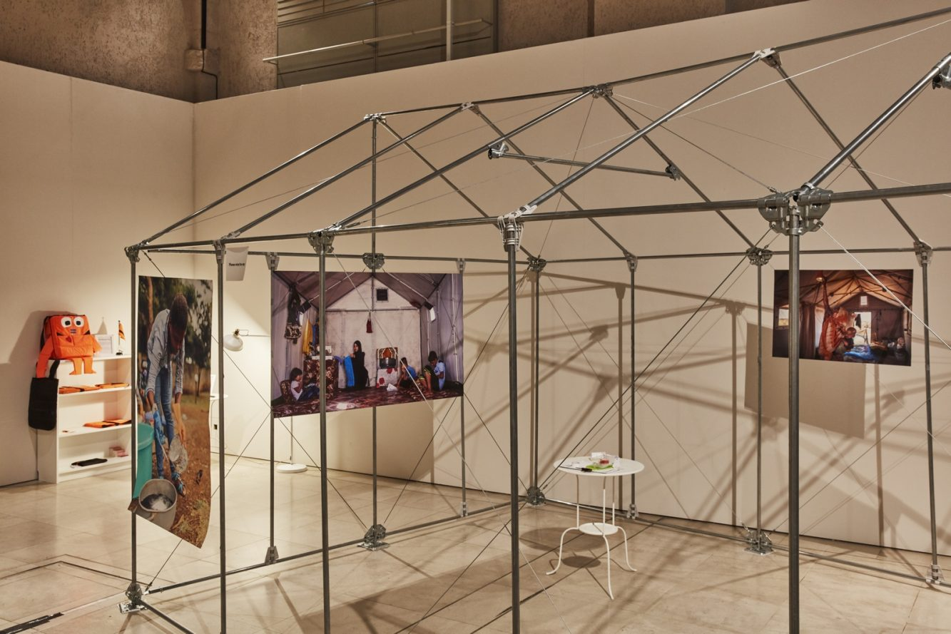 Refugees Pavillion - Various Designers Ph: EdReeve