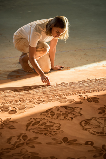 Domotex_Framing Trends_Rena Detrixhe_Red Dirt Rug_2