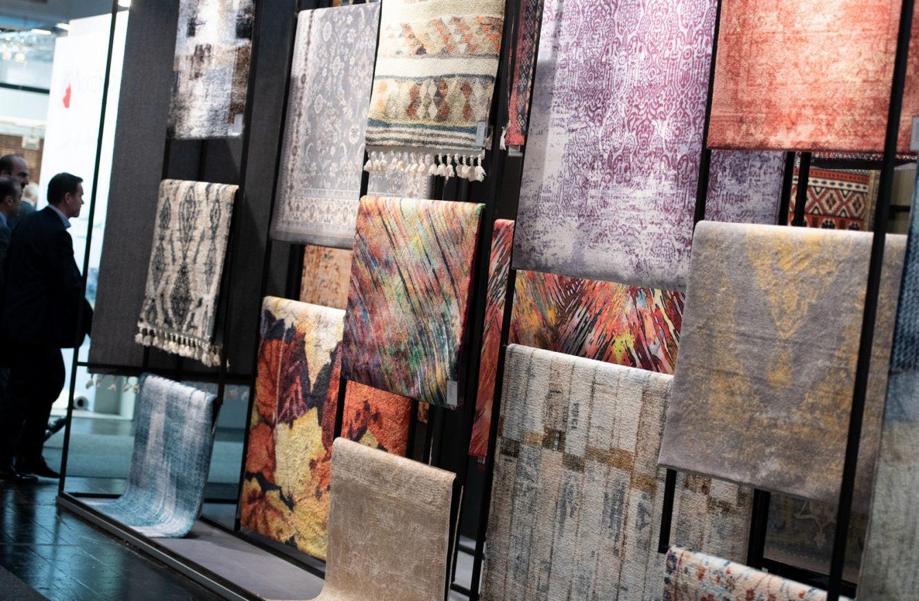 DOMOTEX - Weltleitmesse für Teppiche und Bodenbeläge. Webteppiche (maschinell hergestellt), Confetti Hali, Halle 7, Stand E29