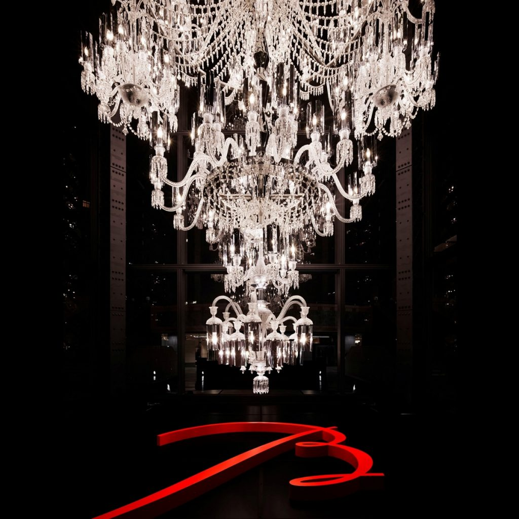 38515-134825-baccarat-250th-anniversary-chandelier-5-1 (Copiar)