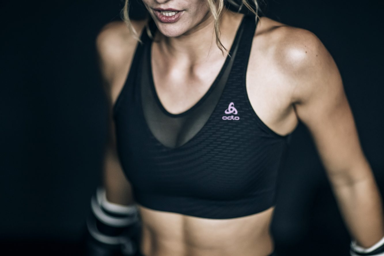 3_Zaha Hadid Design_Odlo_Women's Activewear (Copiar)
