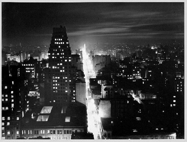 Calle Reconquista hasta la Plaza de la República, 1936 - Ph: Horacio Coppola