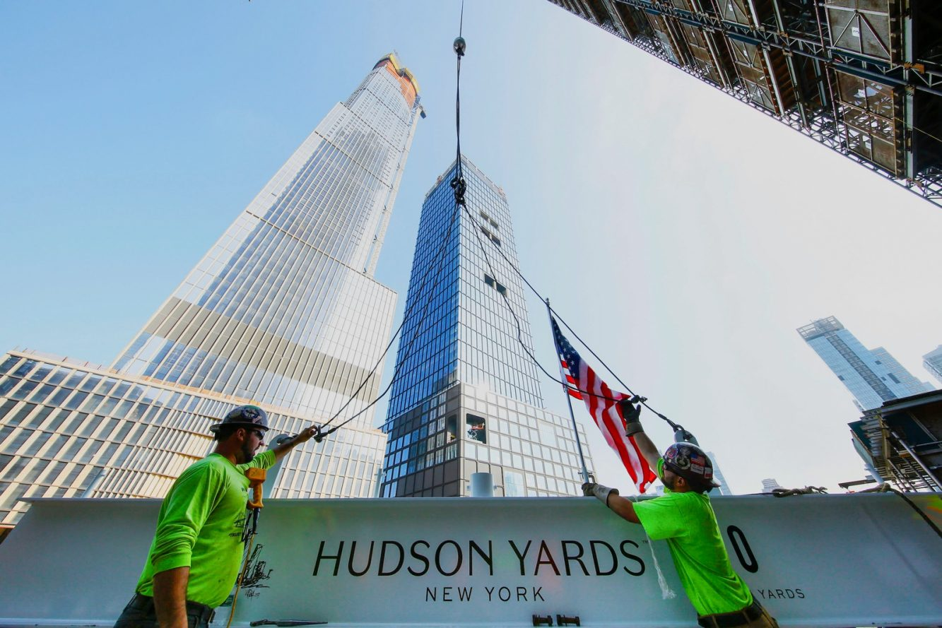Photo - 30 Hudson Yards Topping Out - July 2018 - Prep for Lift with 35 HY and 55 HY in Background - courtesy of Related-Oxford (Copiar)