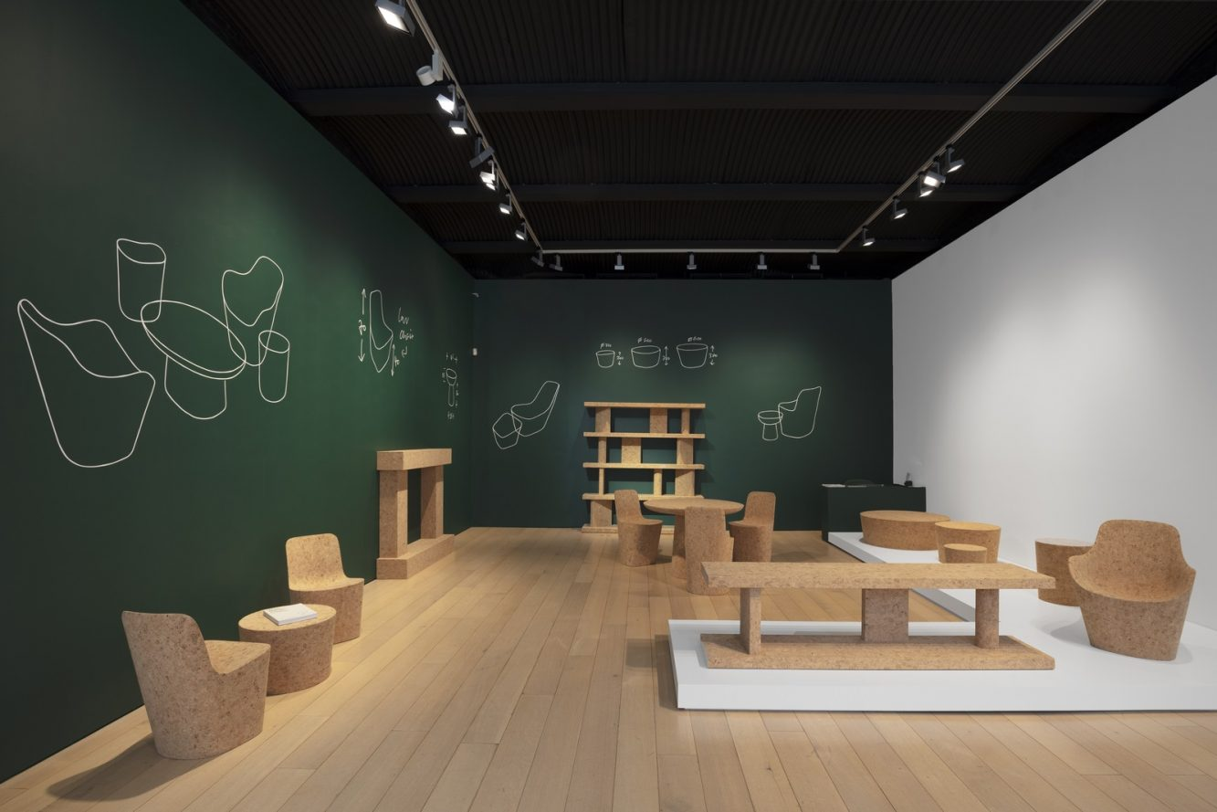 JM-Kasmin Gallery-2019-Corks-Exhibition space-01 (Copiar)