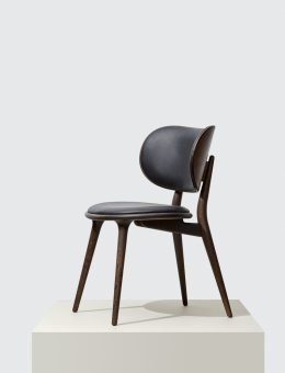 Mater_The Dining Chair by Space Copenhagen_Podium_The Dining Chair_01_HR (Copiar)
