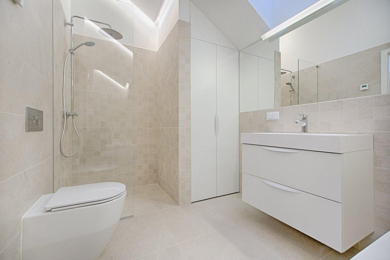 bathroom-cabinet-contemporary
