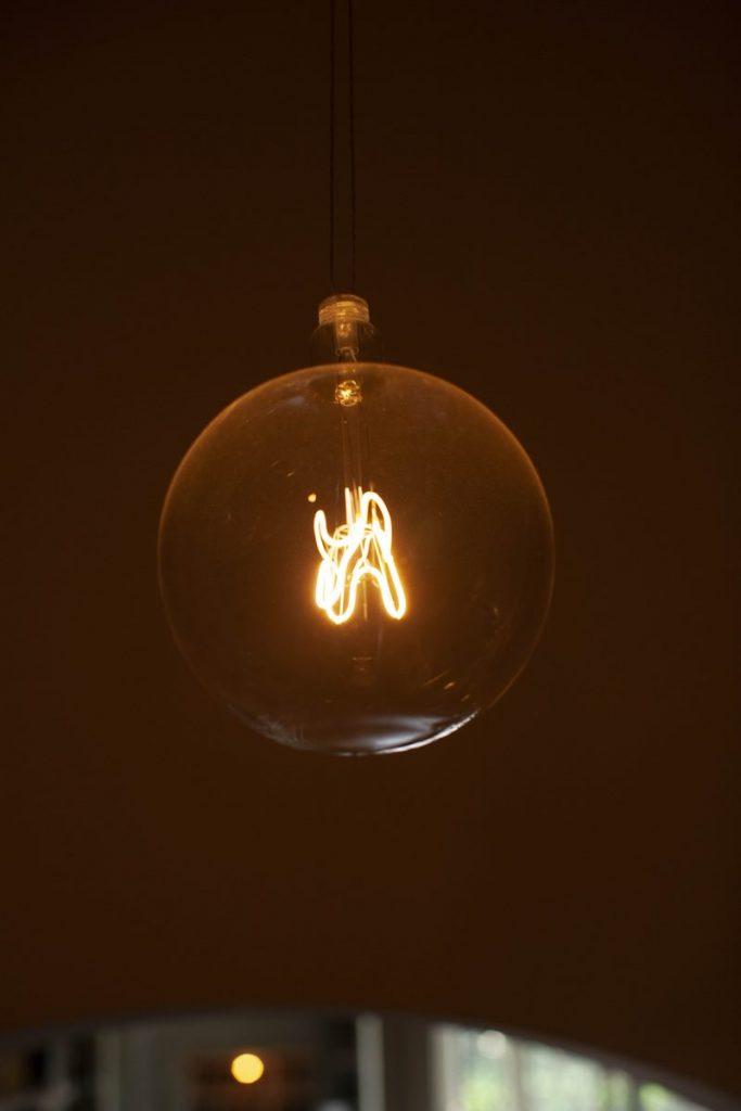 Lámpara Bulbo